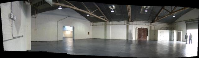 5600sf front of warehouse